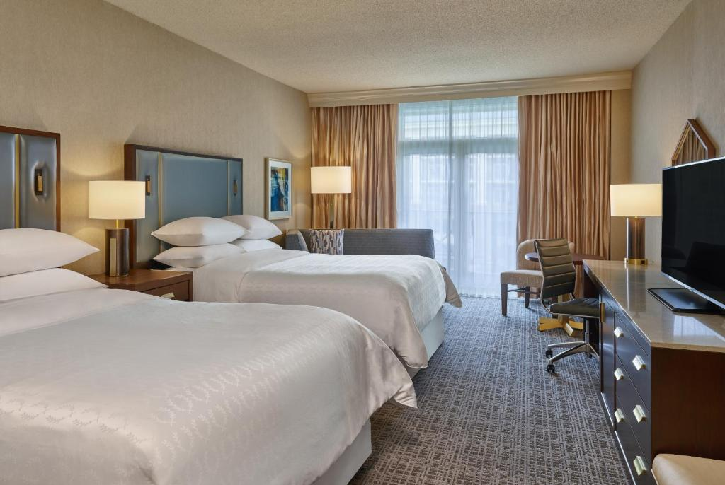 Book Now Sheraton Music City Hotel (Nashville, United States). Rooms Available for all budgets. Free airport shuttle service is a much-appreciated perk at the non-smoking Sheraton Music City Hotel as are extras like a morning newspaper and private parking making it one o