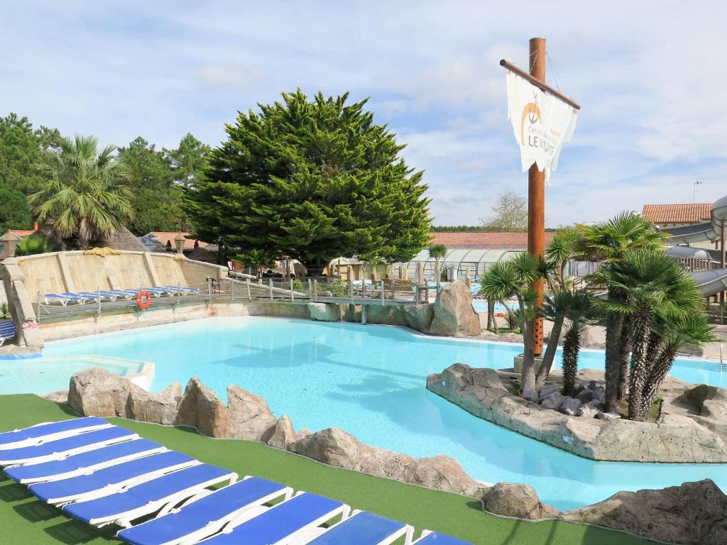 Camping Le Vieux Port S Holiday Home Messanges - Camping messanges le vieux port