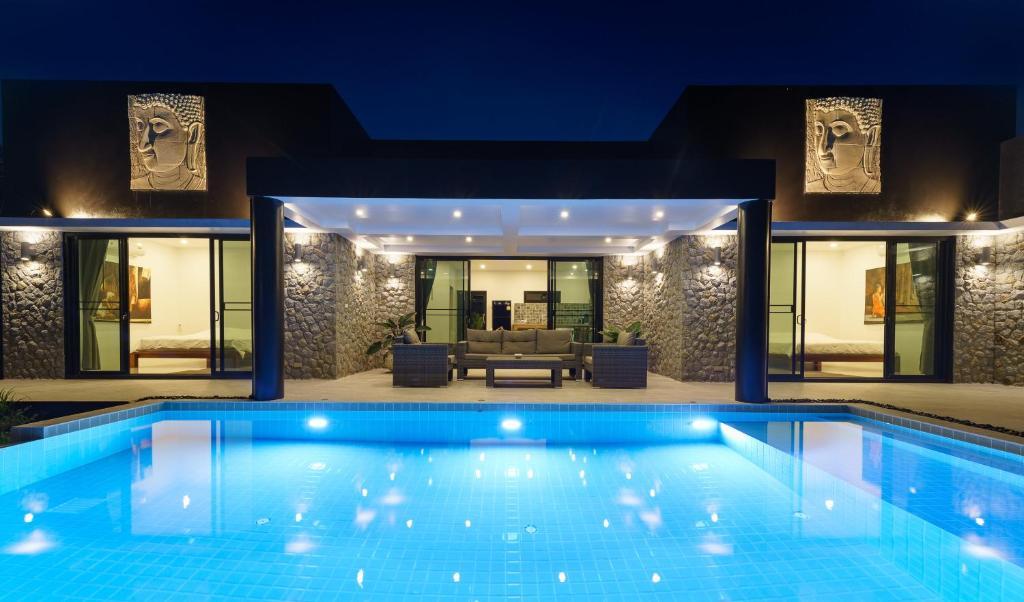 Villa Anjali 3 Bedroom Ferienhauser Koh Samui