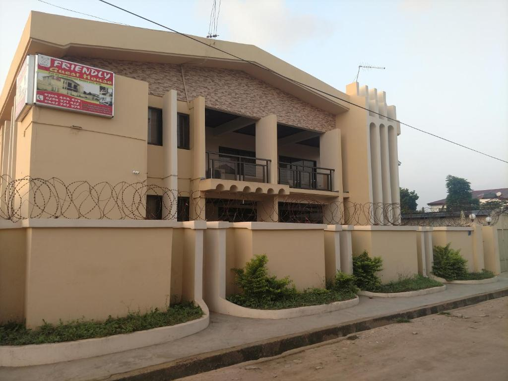Friendly Guesthouse, Chambres d'hôtes Accra on