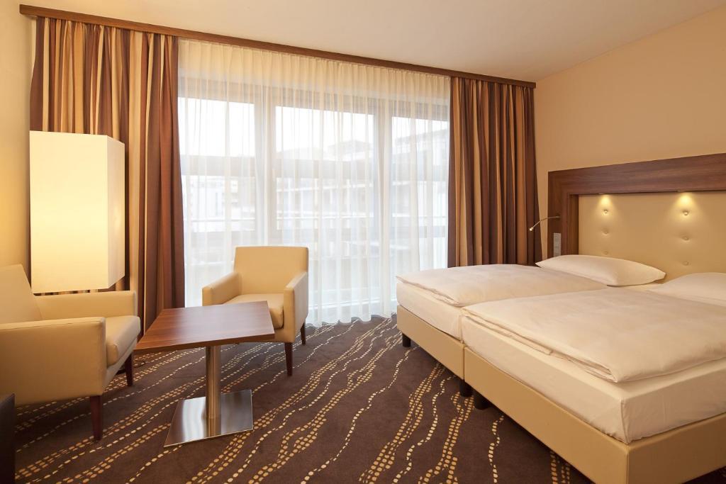 heikotel hotel am stadtpark hamburg informationen und buchungen online viamichelin. Black Bedroom Furniture Sets. Home Design Ideas
