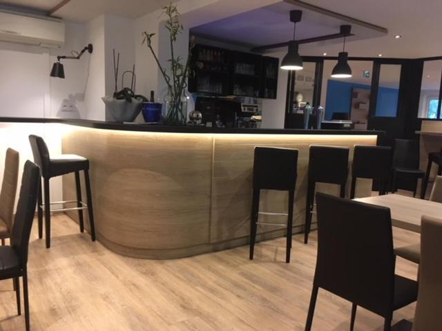 Brit h tel salon de provence r servation gratuite sur - Salon de provence meteo ...