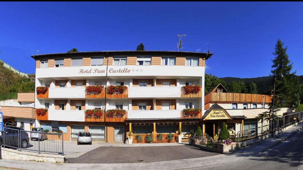 Hotel Piancastello Mezzolombardo Informationen Und