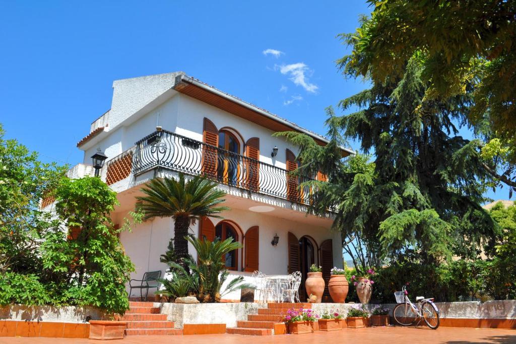 Appartamento In Villa Recanati Appartamenti Giardini Naxos