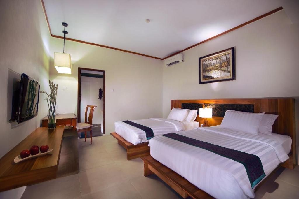 Aston Sunset Beach Resort Gili Trawangan Holiday