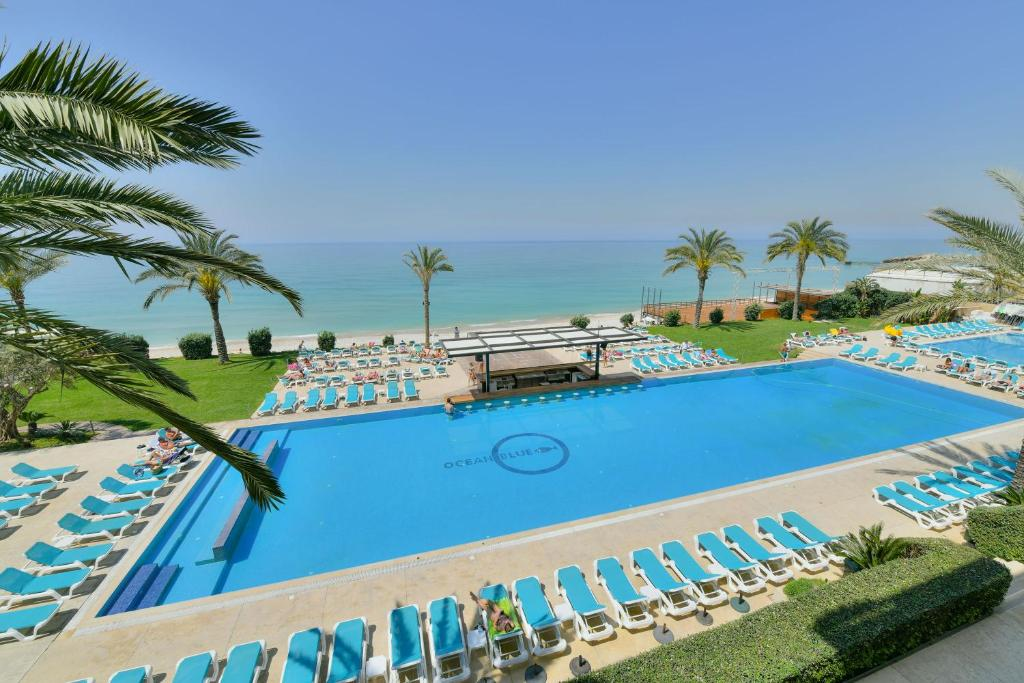 the best attitude 3f50a 599f1 Ocean Blue Beach Resort Jbeil - Holiday residences in Byblos ...