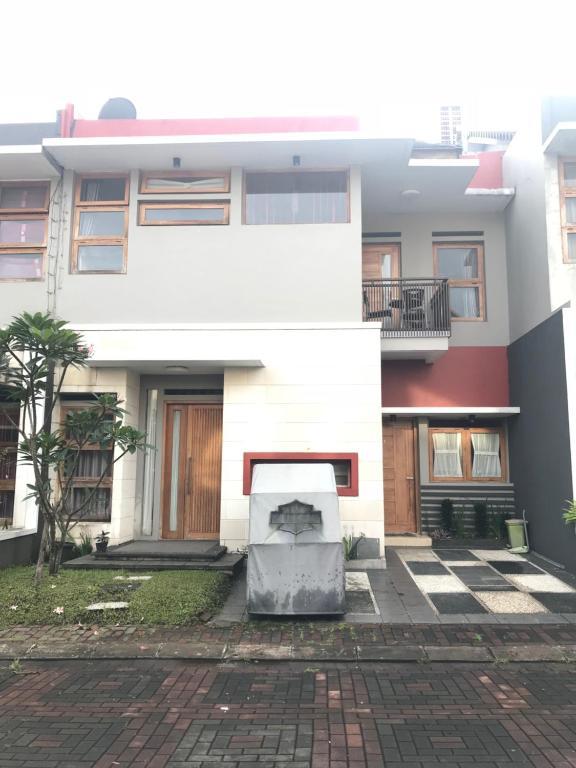 Dplatinum House Villa Bandung