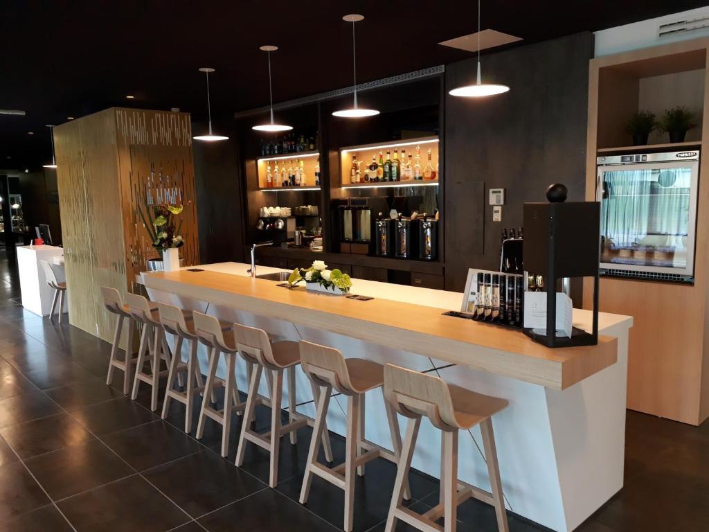 h tel mercure nantes ouest saint herblain zenith r servation gratuite sur viamichelin. Black Bedroom Furniture Sets. Home Design Ideas