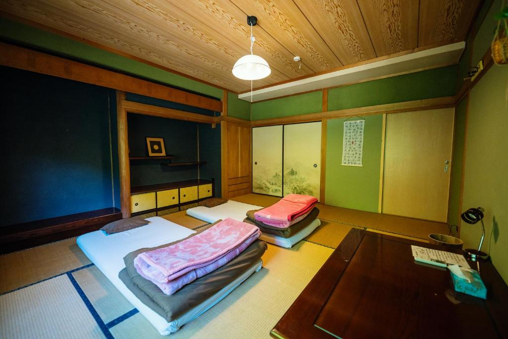 Yoki Guest House Bed Breakfast Miyoshi