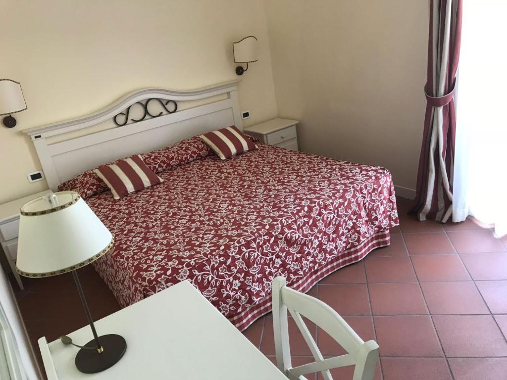 Camera Da Letto Rossella : Villa rosella resort apparthotels roseto degli abruzzi