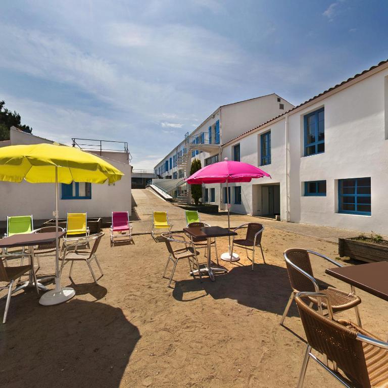 village oceane port joinville online booking viamichelin. Black Bedroom Furniture Sets. Home Design Ideas
