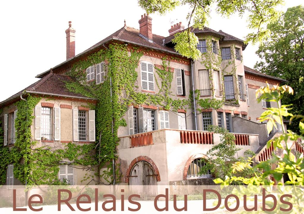 Chambres D Hotes Le Relais Du Doubs En Bourgogne Chambres D Hotes