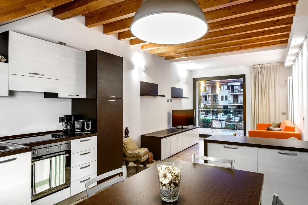 Camere Da Letto Faber.Faber Apartments Residence Style Appart Hotels Arona