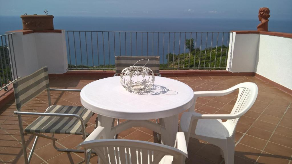 Attico Con Terrazza Panoramica Vista Mare A Ischia