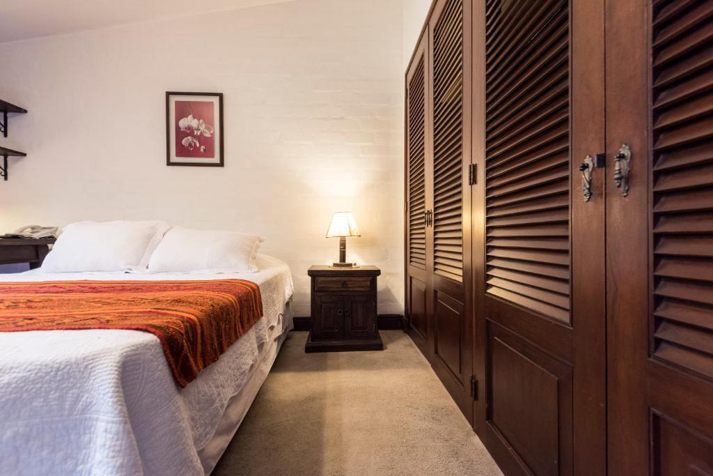 Posada monterrico boutique hotel lima informationen for Aussenpool komplett