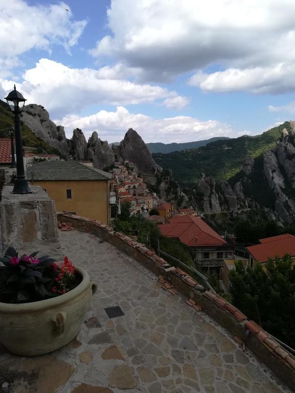 Al Balcone Delle Dolomiti Bed Breakfast Castelmezzano