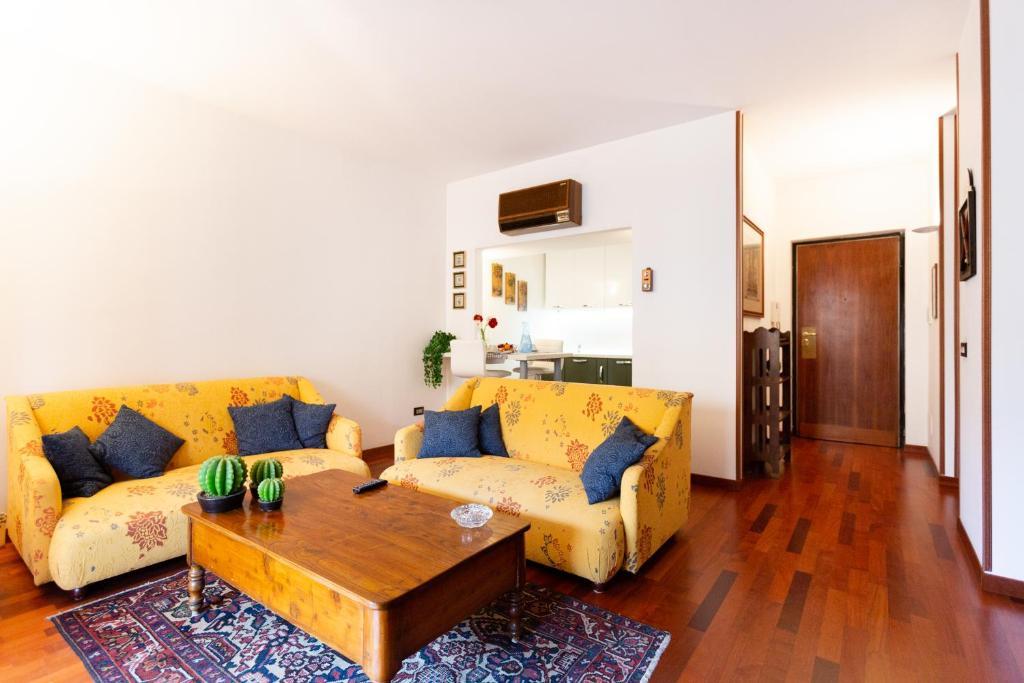 Giardino Inglese Stylish Apartment Appartamento Palermo