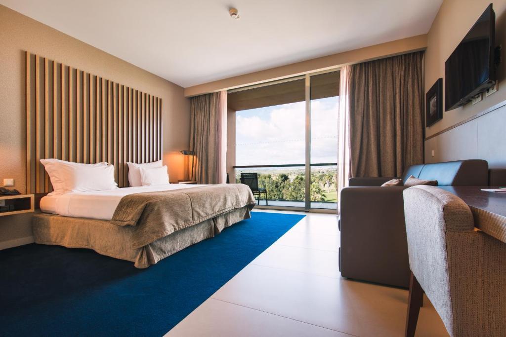 Vidamar Algarve Hotel - Dining Around Albufeira
