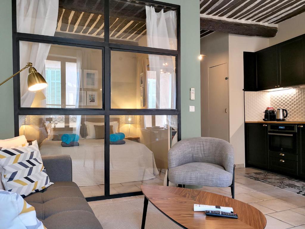 Salle De Bain Antibes appartement little star, appartement antibes