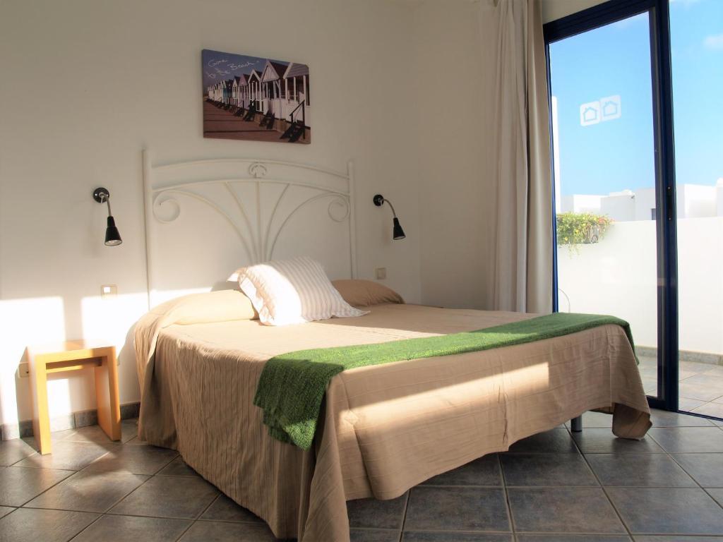 Villas puerto rubicon yaiza book your hotel with for Rubicon garden rooms