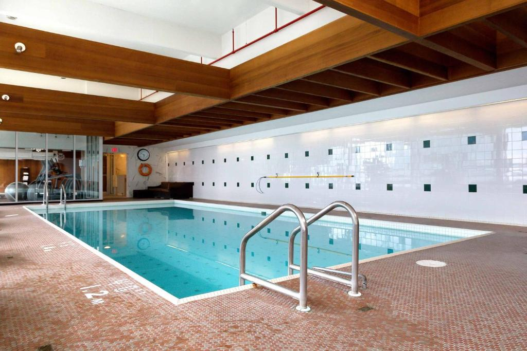 The Sutton Place Hotel Edmonton Book Your Hotel With Viamichelin