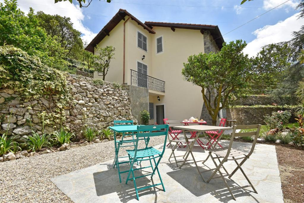 Castelli in aria, Bed & Breakfasts Finale Ligure