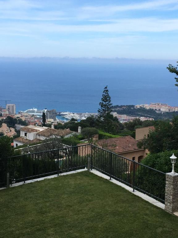 Chambres d'hôtes Villa Monte Carlo View - Chambres d'hôtes à La on