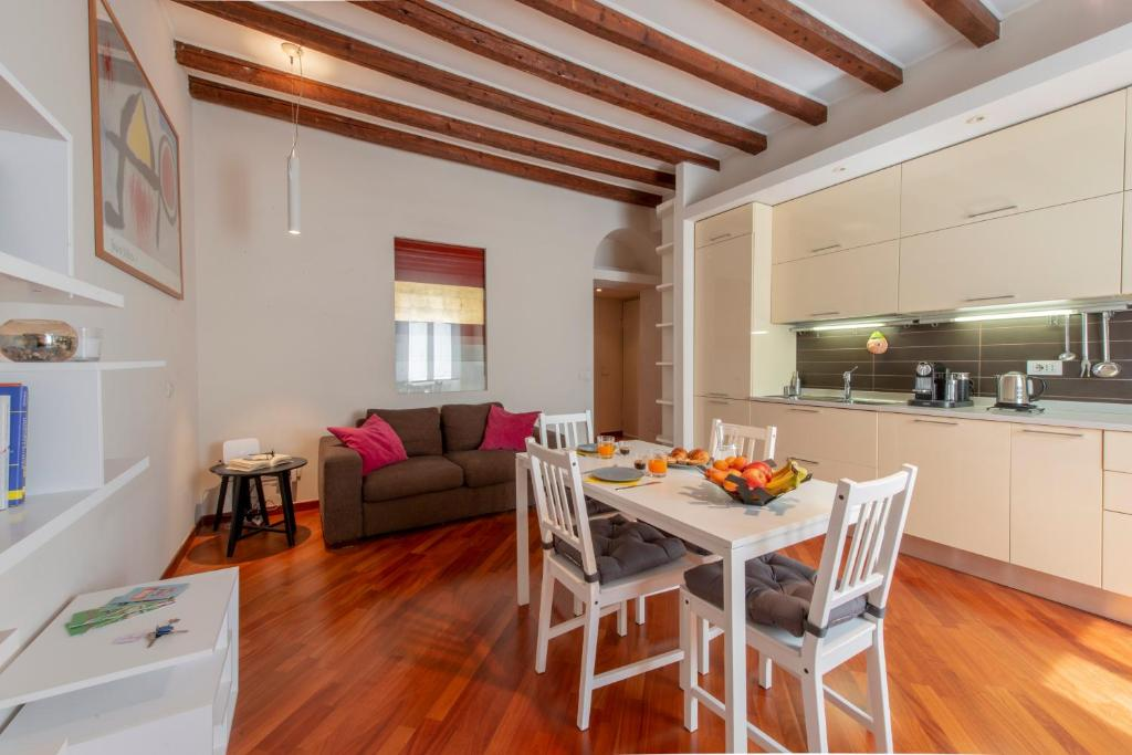 Isola Apartment - Pastrengo, Apartment Milan