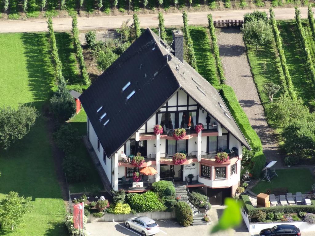 Haus Weingarten, Bed & Breakfast Ernst