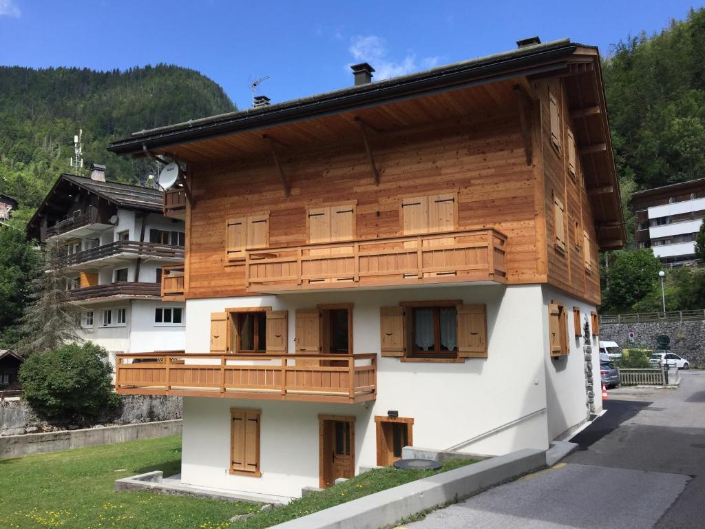 Appartamento - Chalet au coeur du village à 100 m des pistes ...