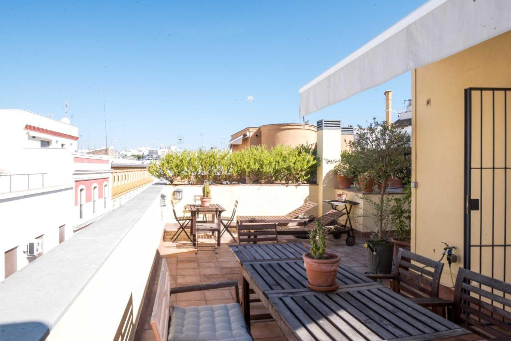 Acogedor ático Con Terraza Privada El Arenal Apartment Sevilla