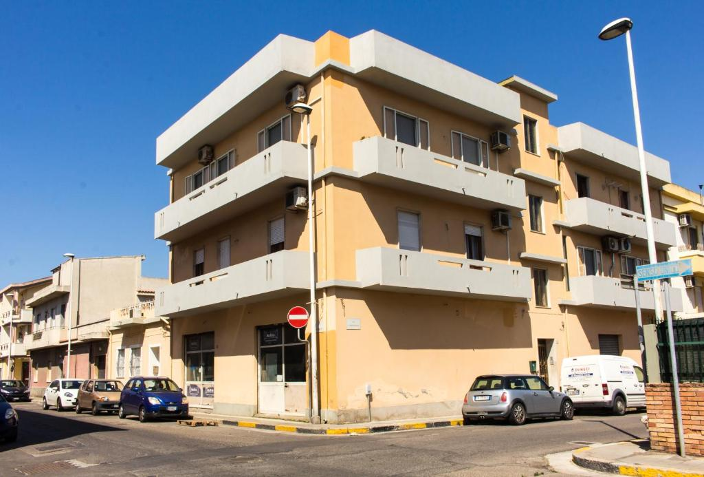 Appartamento Con Terrazza A Livello Appartamento Quartu