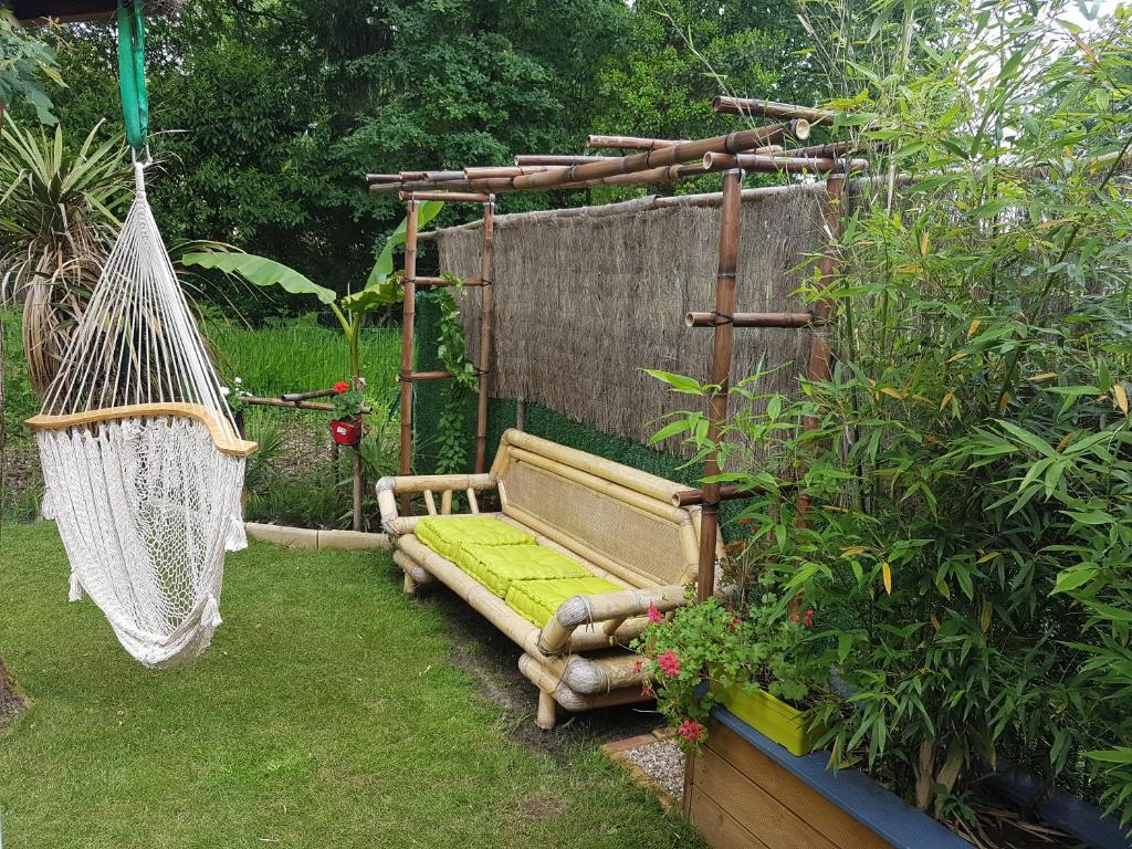 maison de ville mitoyenne et son petit jardin zen holiday home bnesse maremne