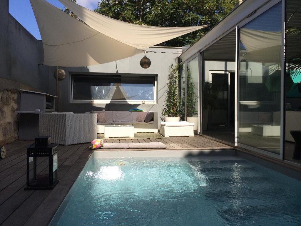 LOFT AVEC PISCINE CENTRE VILLE, Maison de vacances Bordeaux