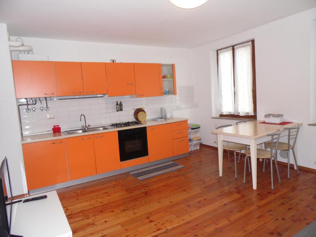 Camera Matrimoniale Usata Veneto.Mini Viale Farra Appartamenti Nei Feltre Veneto Italy