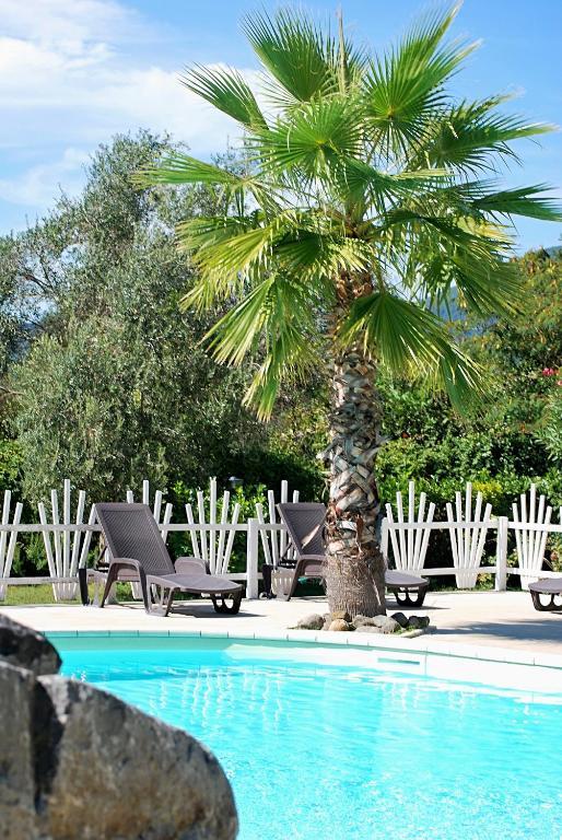 Camping Village Internazionale Lago di Bracciano, Camping Trevignano ...