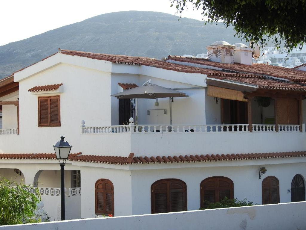 La Palmera1 Al Primo Piano Con 2 Camere Da Letto La Palmera2 Casa Al Piano Terra Con 1 Camera Casas De Vacaciones Agaete