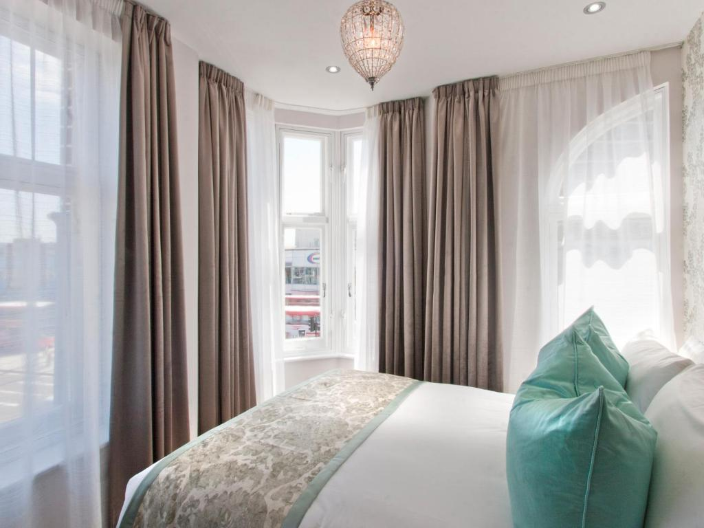 w12 rooms - london