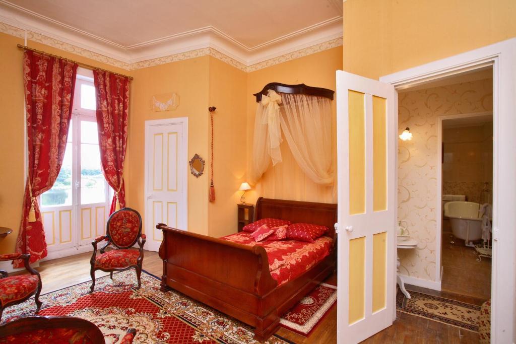 chambres d 39 h tes ch teau du deffay chambres d 39 h tes pontch teau en loire atlantique 44 25. Black Bedroom Furniture Sets. Home Design Ideas