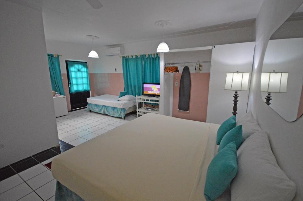 Sunset Resort Villas Bed Breakfast Treasure Beach