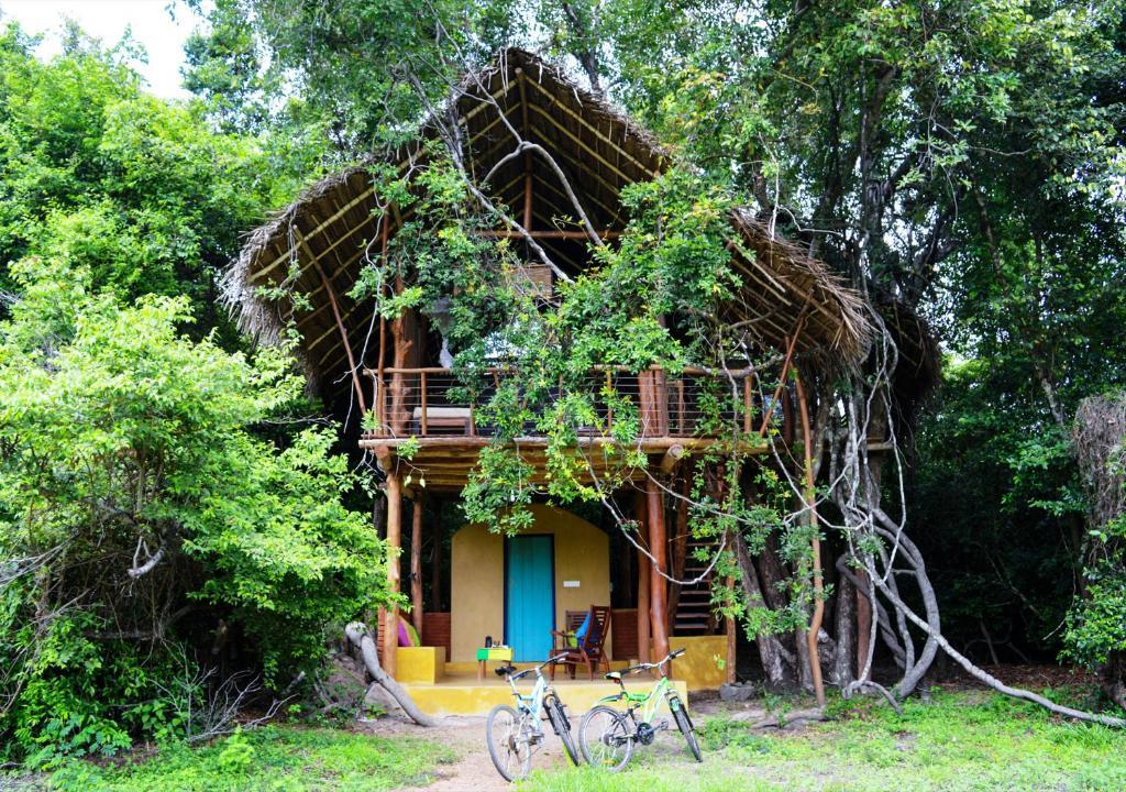 Back Of Beyond Dehigaha Ela Holiday Residences Sigiriya