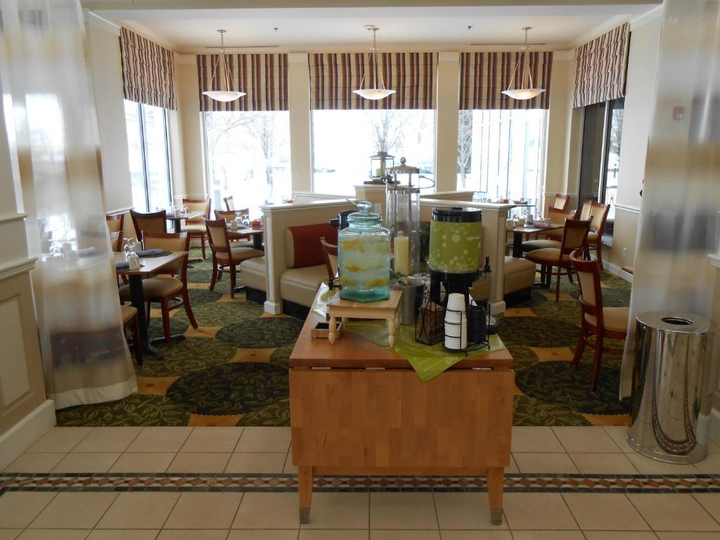 Hilton Garden Inn Syracuse in East Syracuse New York - 37 Photos ...