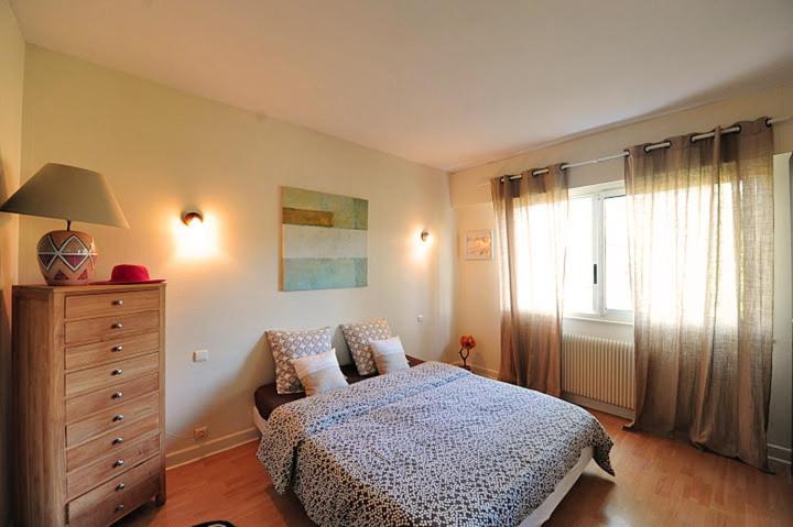 Chambre-d\'Amour Villa 8 Personen Schwimmbad WiFi, Villa Biarritz