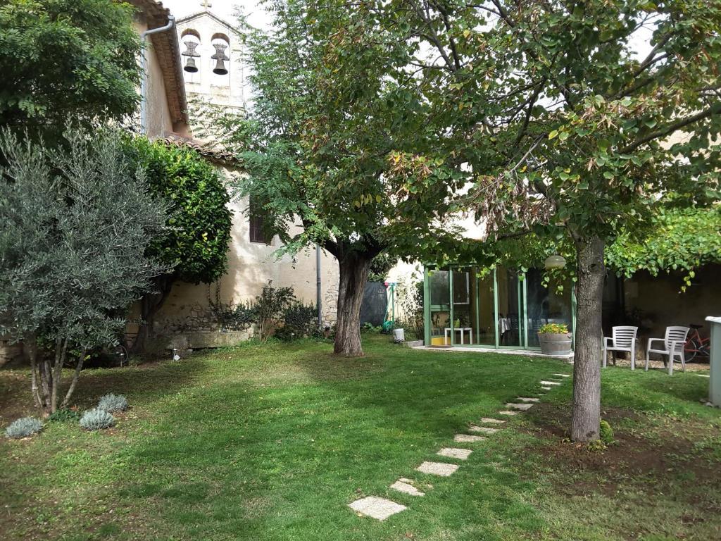 Maison de charme en Luberon, jardin clos - Ferienhaus in Saint ...