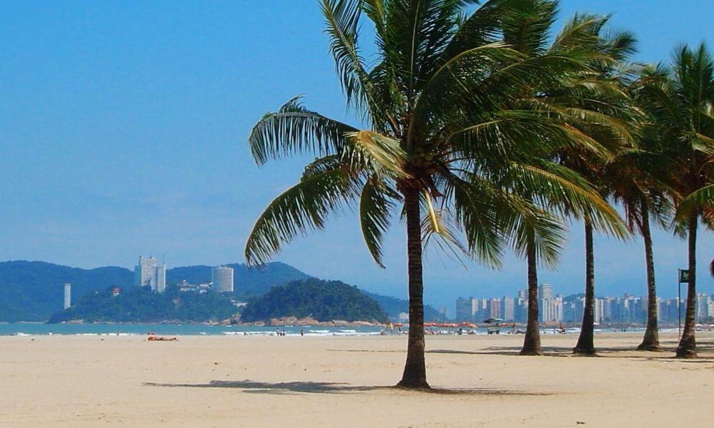 545378165 Apto no Gonzaga próximo a Praia - Apartment in Santos (São Paulo ...