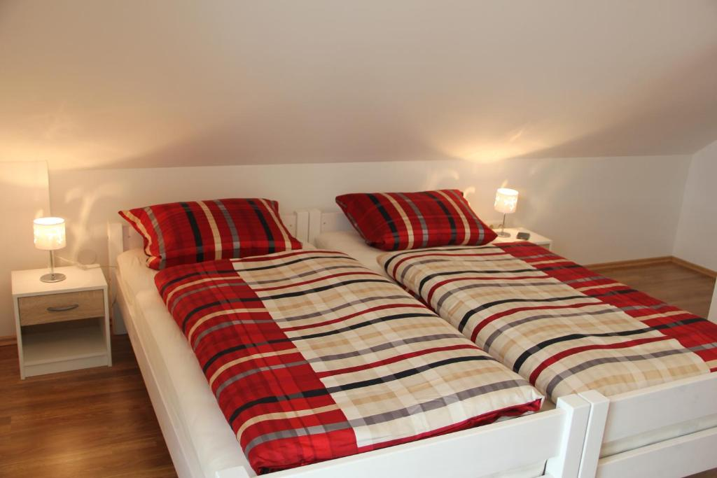 boardinghouse frank moosburg an der isar informationen. Black Bedroom Furniture Sets. Home Design Ideas