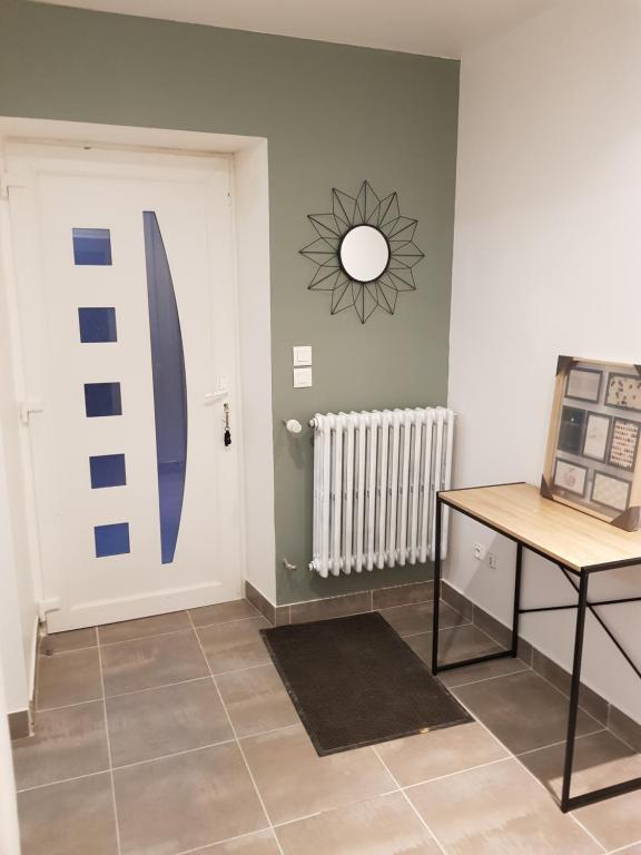 Wohnung entree indépendante dans maison individuel, Wohnung Inzinzac ...