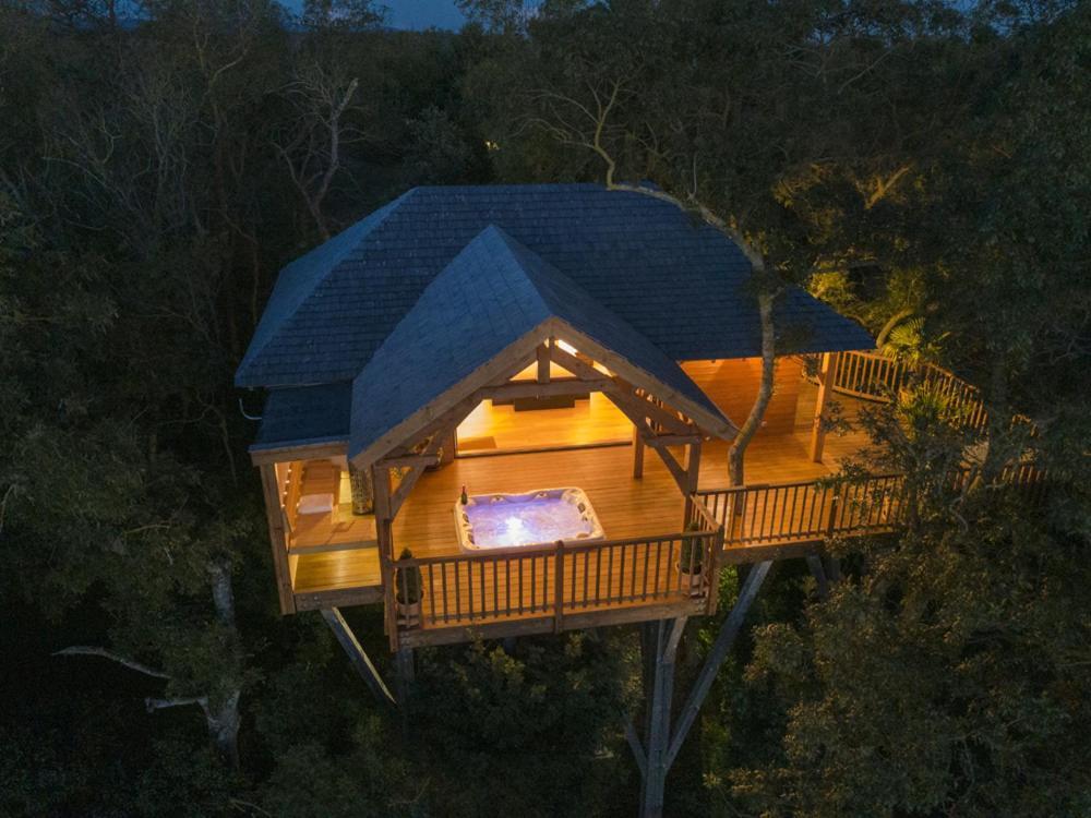 Cabane de Prestige avec Spa et Sauna privatifs - Cabane dans les