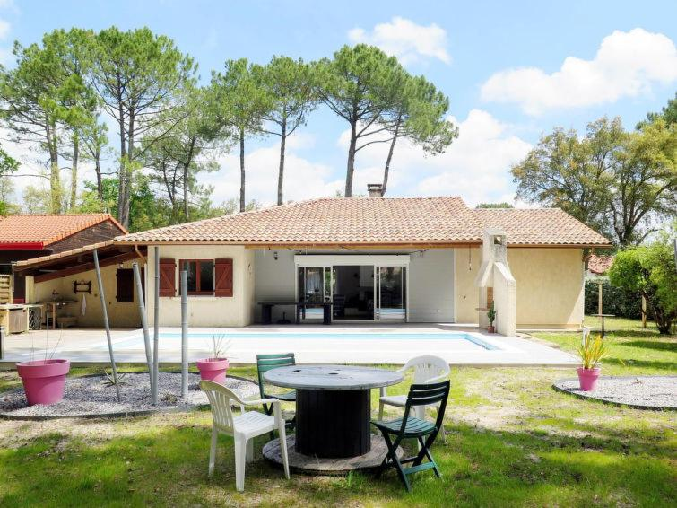 Vieux Boucau Les Bains Villa Sleeps 8 Pool Wifi Villa A Vieux