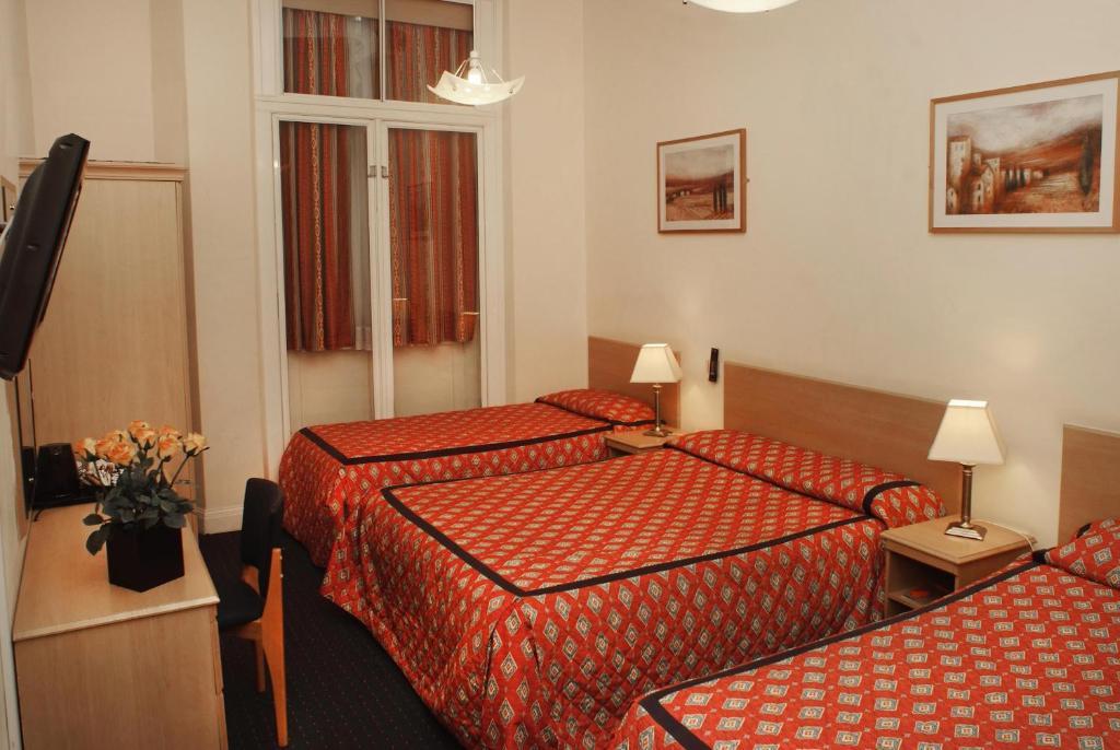 Chrysos Hotel London Reviews